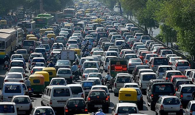 Çin'de kayıtlı araç sayısı 190 milyona yükseldi