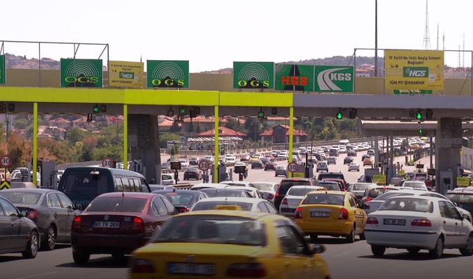 Köprü ve otoyol gelirleri 900 milyon lirayı geçti