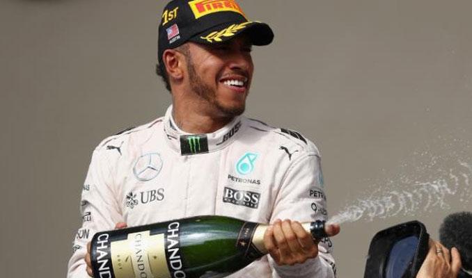 ABD Grand Prix'i Mercedes sürücüsü Hamilton'ın