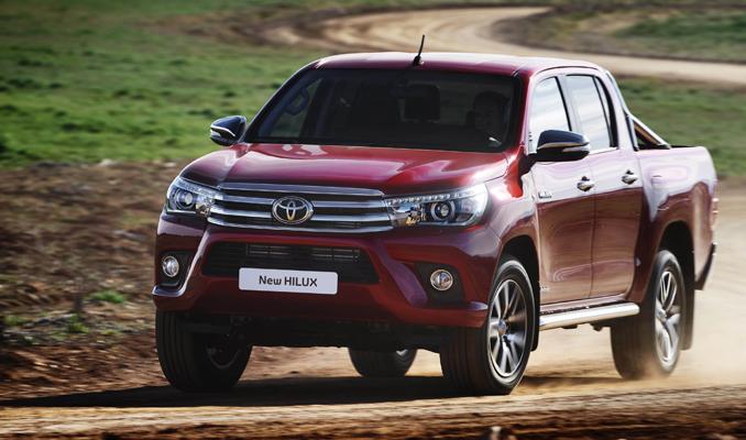 Toyota Hilux'ın otomatik vitesli 4x2 versiyonu satışa çıktı