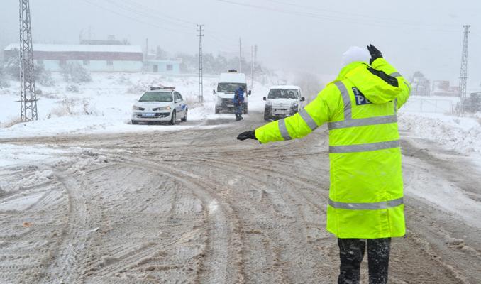 Zorunlu kış lastiği uygulamasında ilk cezalar kesildi