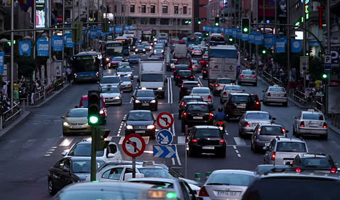 Madrid'de trafiğe çıkan araçlara sınırlama