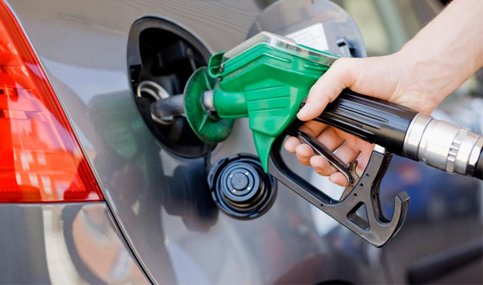 Benzin ve motorine zam geliyor! 5 lirayı aşacak