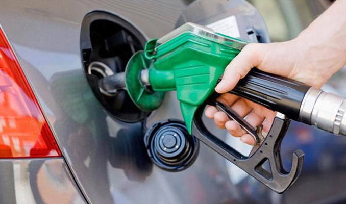 Benzin ve motorine dev zam