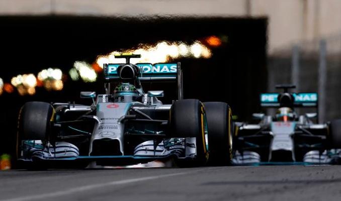 Mercedes verdiği ilanla Formula 1 pilotu arıyor!