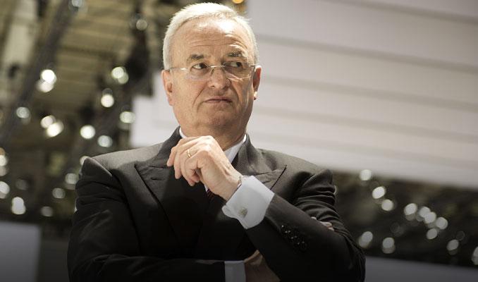 Volkswagen'in eski CEO'suna emisyon soruşturması