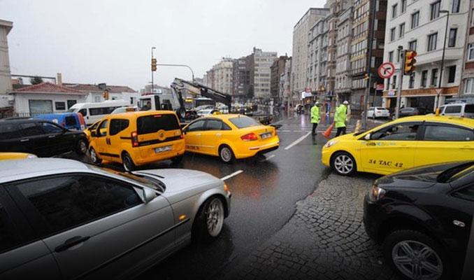Fırsatçı taksicileri ihbar edin, fazla ücret ödemeyin