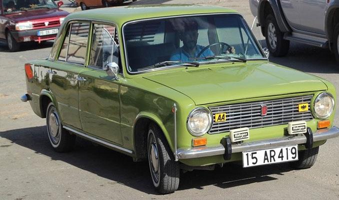 45 bin lira verilen 1973 model otomobilini satmıyor