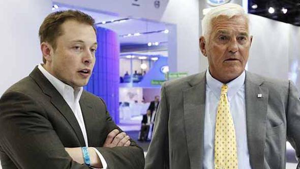Otomotiv sektörünün emektarı, Elon Musk'ı yerden yere vurdu