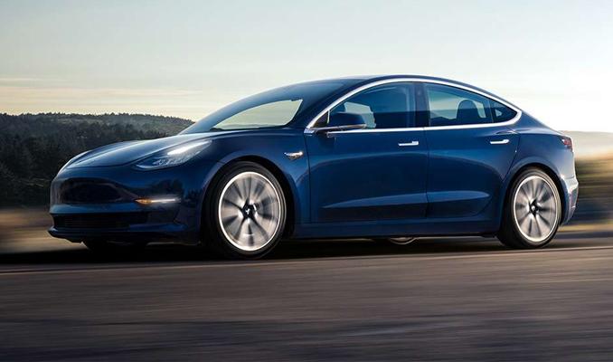Model 3 Tesla'ya dakikada 8 bin dolar kaybettiriyor