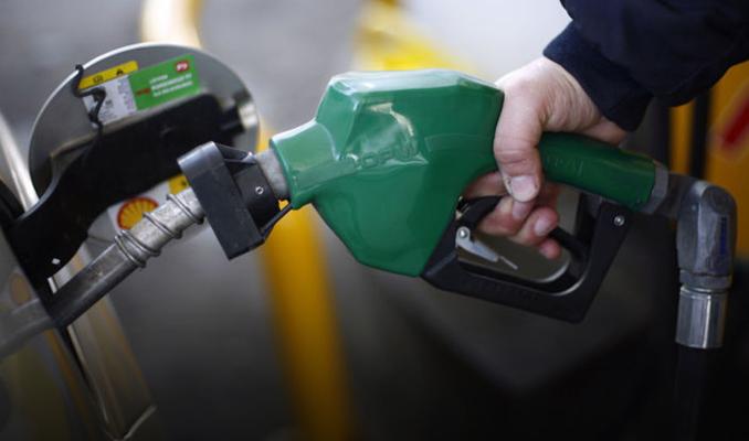 Benzin satışları ekimde yüzde 7 arttı