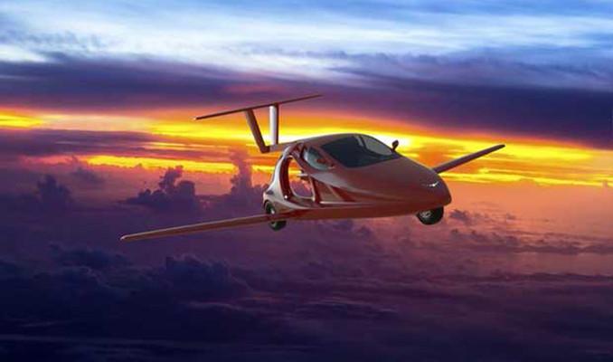 Uçabilen ilk spor otomobili gelecek yıl satışa çıkıyor