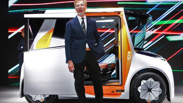 Dünyanın en iyisiydi ama, şimdi en çirkin otomobili tasarladı!
