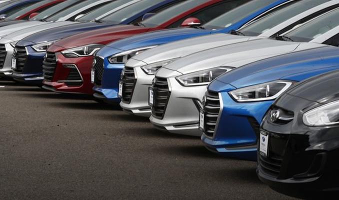 Otomobil fiyatlarına yüzde 25 zam