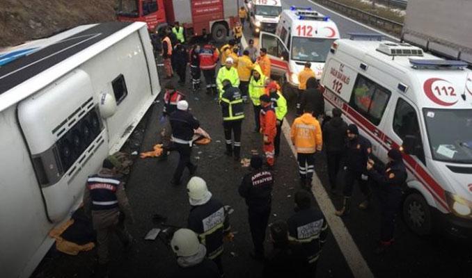 Ankara'da otobüs devrildi: 2 ölü