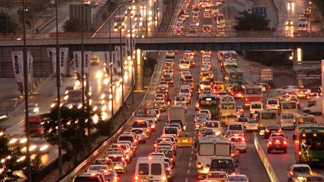 Dikkat! İstanbul'da bu yollar trafiğe kapalı