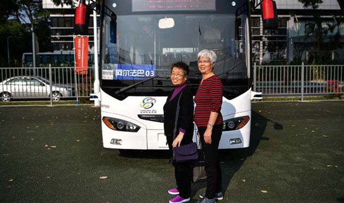 Çin'de insansız otobüsler görücüye çıktı