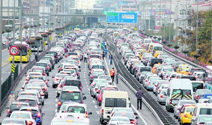 Nüfusa göre otomobil sayısında hangi il birinci