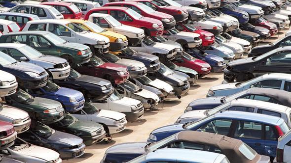Yollarda büyük tehlike: Hurda araçlar