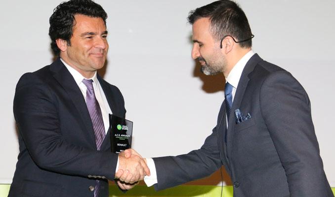 Renault'ya 3. kez En İyi Müşteri Deneyimi ödülü
