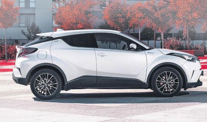 Japonya'nın en çok satan üçüncü otomobili oldu