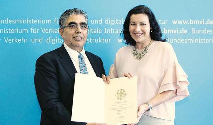 Almanya'nın ilk 'akıllı yolu'na Türk imzası