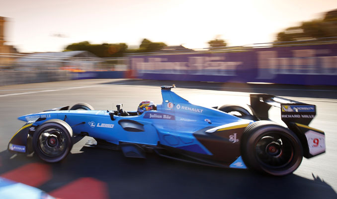 Renault'tan Paris ePrix'te çifte zafer