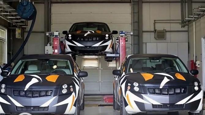 Özlü: İlk yerli otomobil 2019'da piyasada