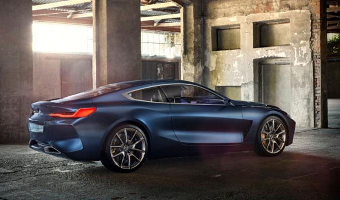 BMW 8 Serisi büyüledi