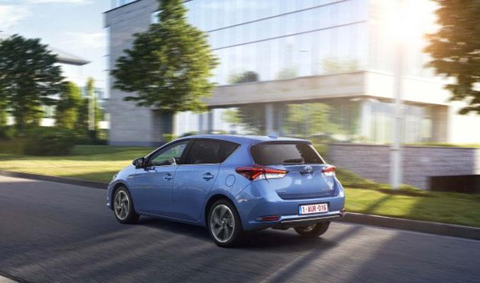 Toyota Auris Hybrid'in fiyatı açıklandı