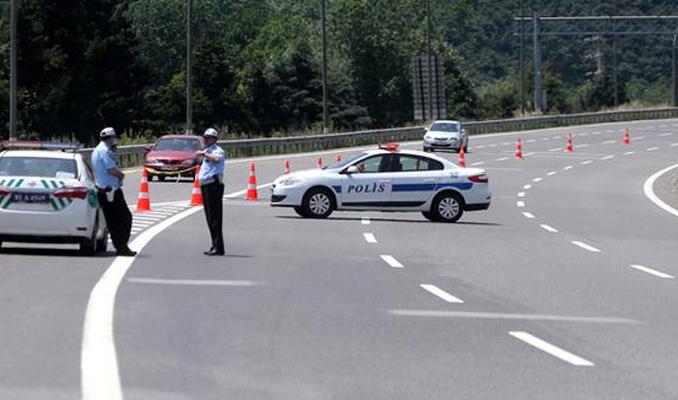 TEM otoyolu Ankara yönü kapatıldı