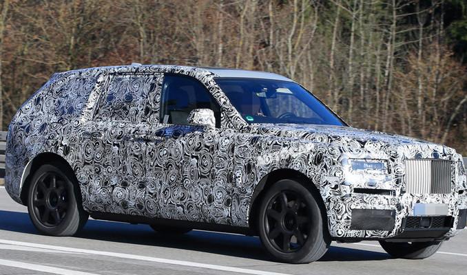 Rolls-Royce ilk SUV modeline hazırlanıyor
