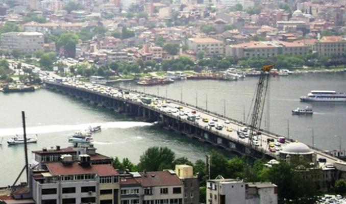 Atatürk Köprüsü trafiğe kapatılıyor