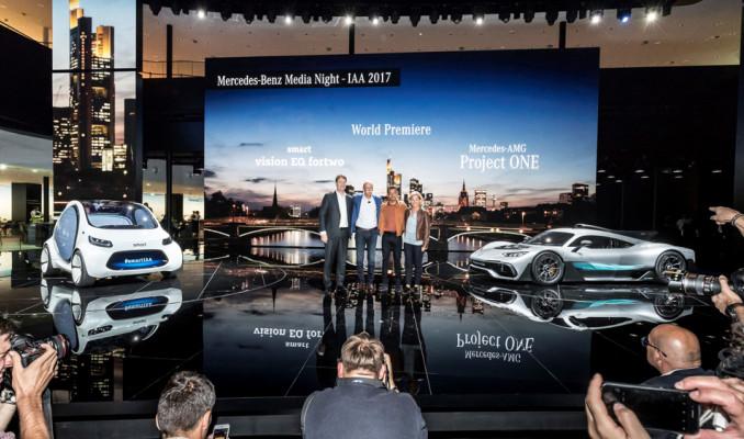 Mercedes hibrit otomobili ile Frankfurt Fuarı'nda