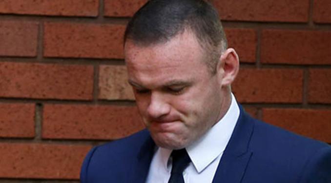 Alkollü araç kullanan Rooney'ye 2 yıl trafikten men