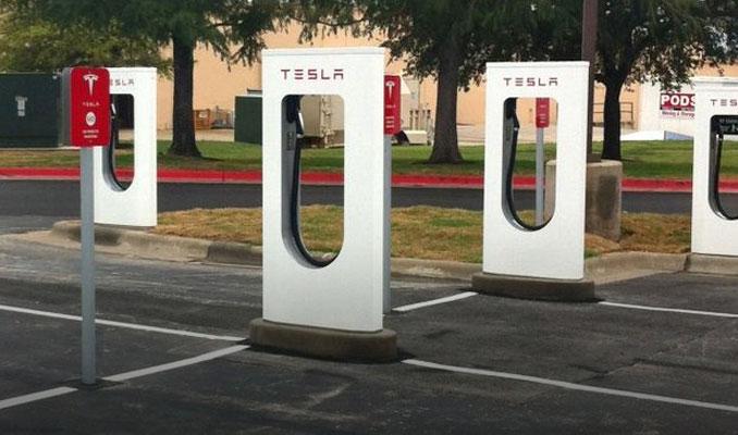 Tesla'nın hızlı şarj istasyonlarını kuracak firma belli oldu