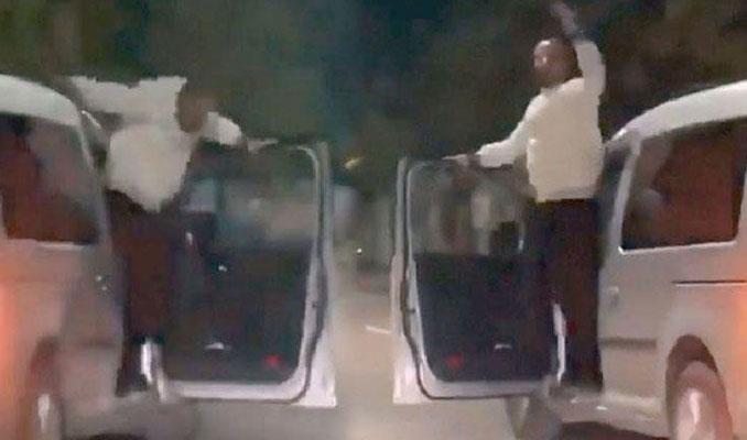 Hareket halindeki araçta dans eden sürücü yakalandı