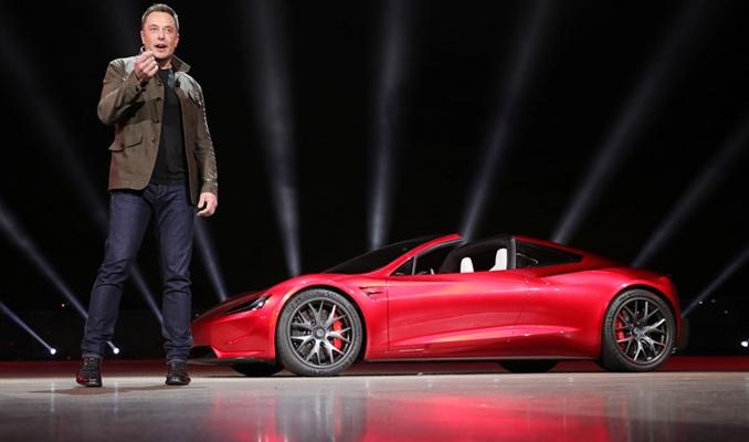 Tesla bomba özelliği geliştiriyor