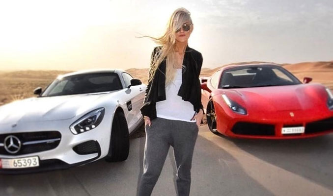 Super Car Blondie, Tofaşcı oldu