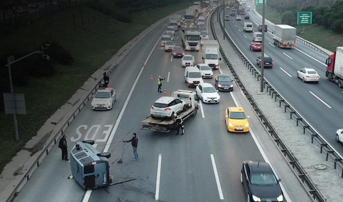 TEM'de makas terörü! Trafik kilit