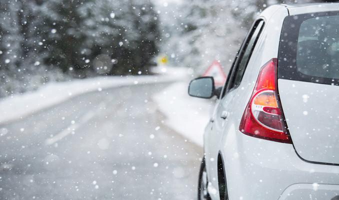Karlı ve kaygan yollarda nelere dikkat edilmeli