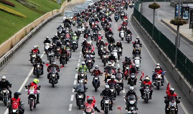 Motosiklet tutkunları İstanbul'da buluşuyor