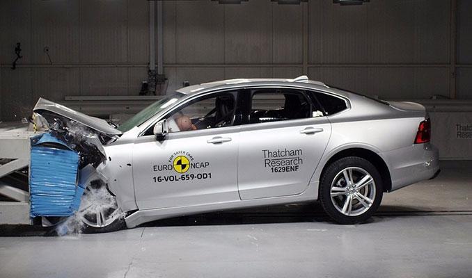 Güvenlik testinden 5 yıldız alan otomobiller