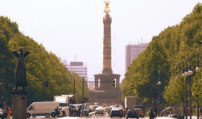 Almanya mahkemesinden dizel araçlara yasak kararı