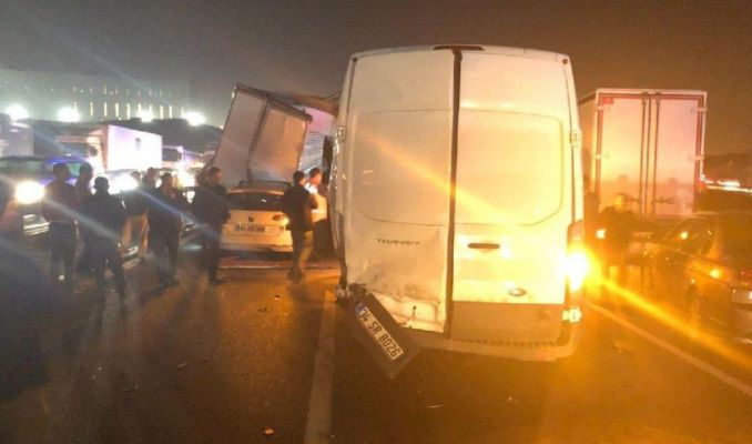 TEM'de kaza: Ankara yönü kapandı