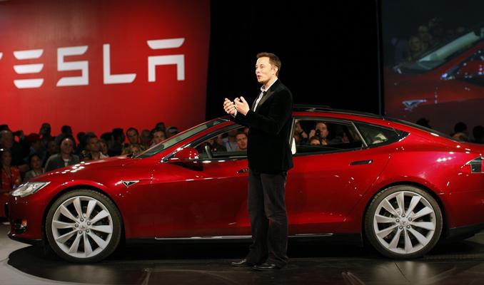 Tesla sürücüsüz oto için İsrail'le görüşecek