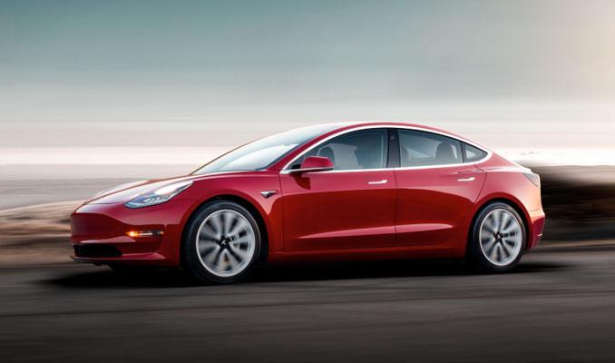 Apple Pay ile Tesla otomobil satın alınabilecek