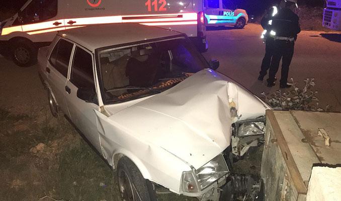 Direksiyonsuz otomobille kaza yaptılar