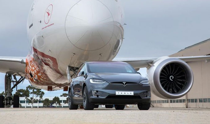 Tesla dünya rekoru kırdı