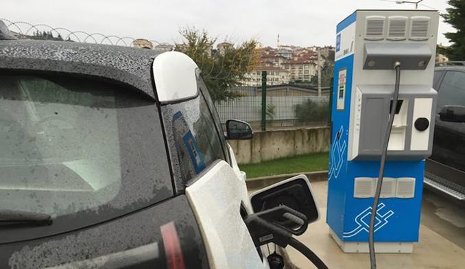Benzin istasyonlarına elektrik şarj üniteleri geliyor!